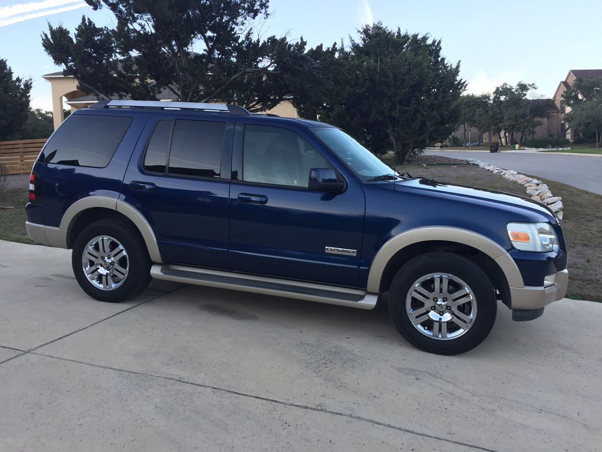 2006 Ford Explorer for sale by owner in Helotes