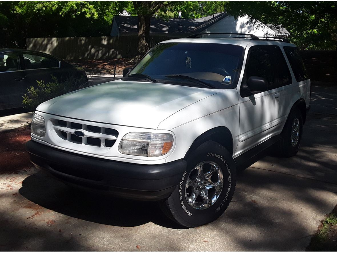 1996 Ford Explorer Sport for sale by owner in Raleigh