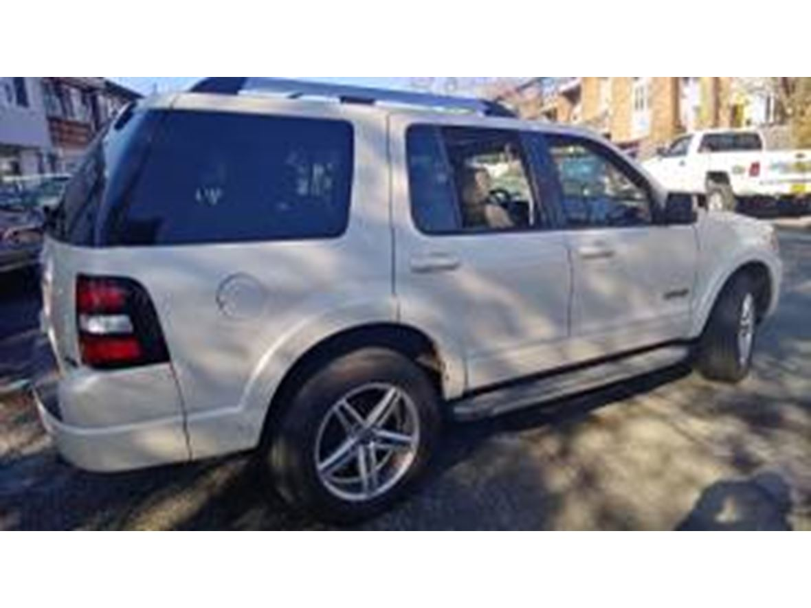 2008 Ford Explorer Sport for sale by owner in West Haverstraw