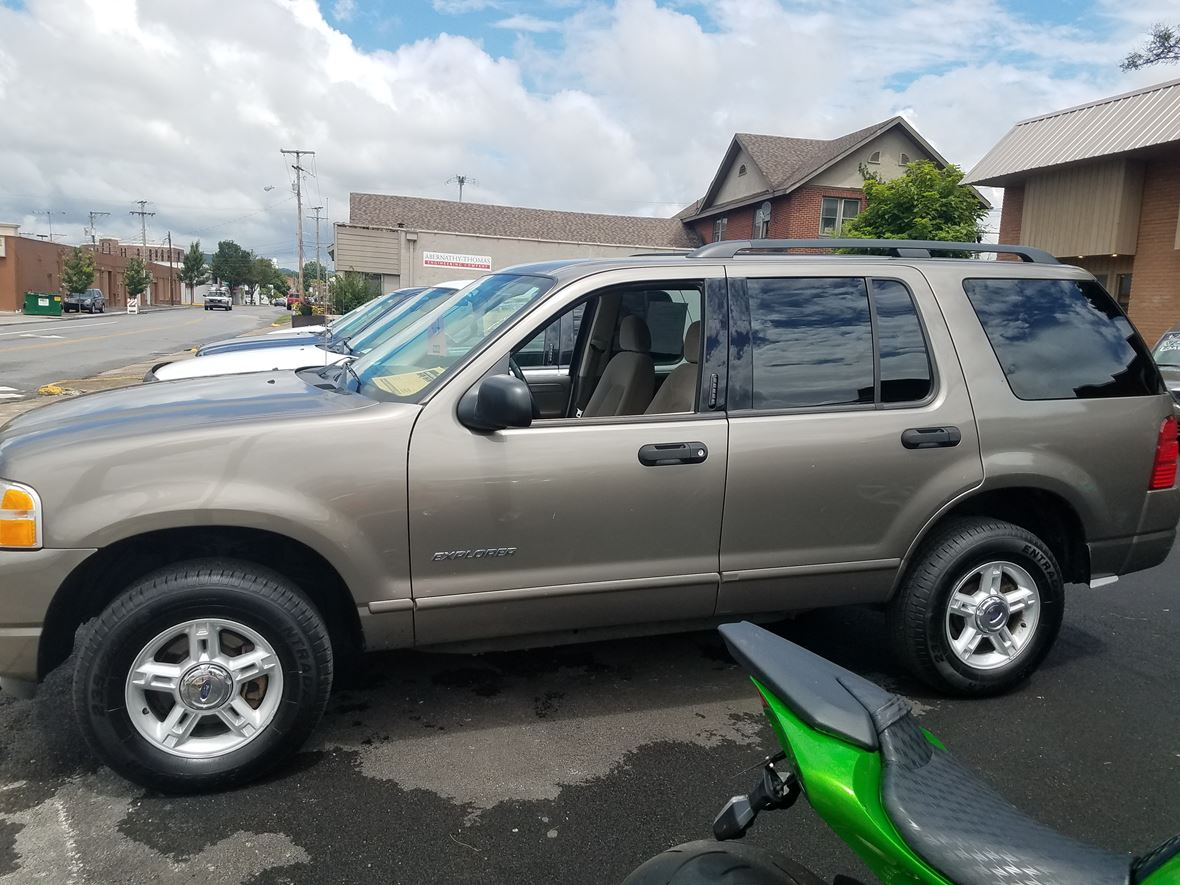 2004 ford explorer xlt for sale by owner in kingsport