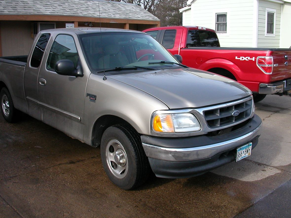 2003 Ford F-150 for sale by owner in Saint Paul