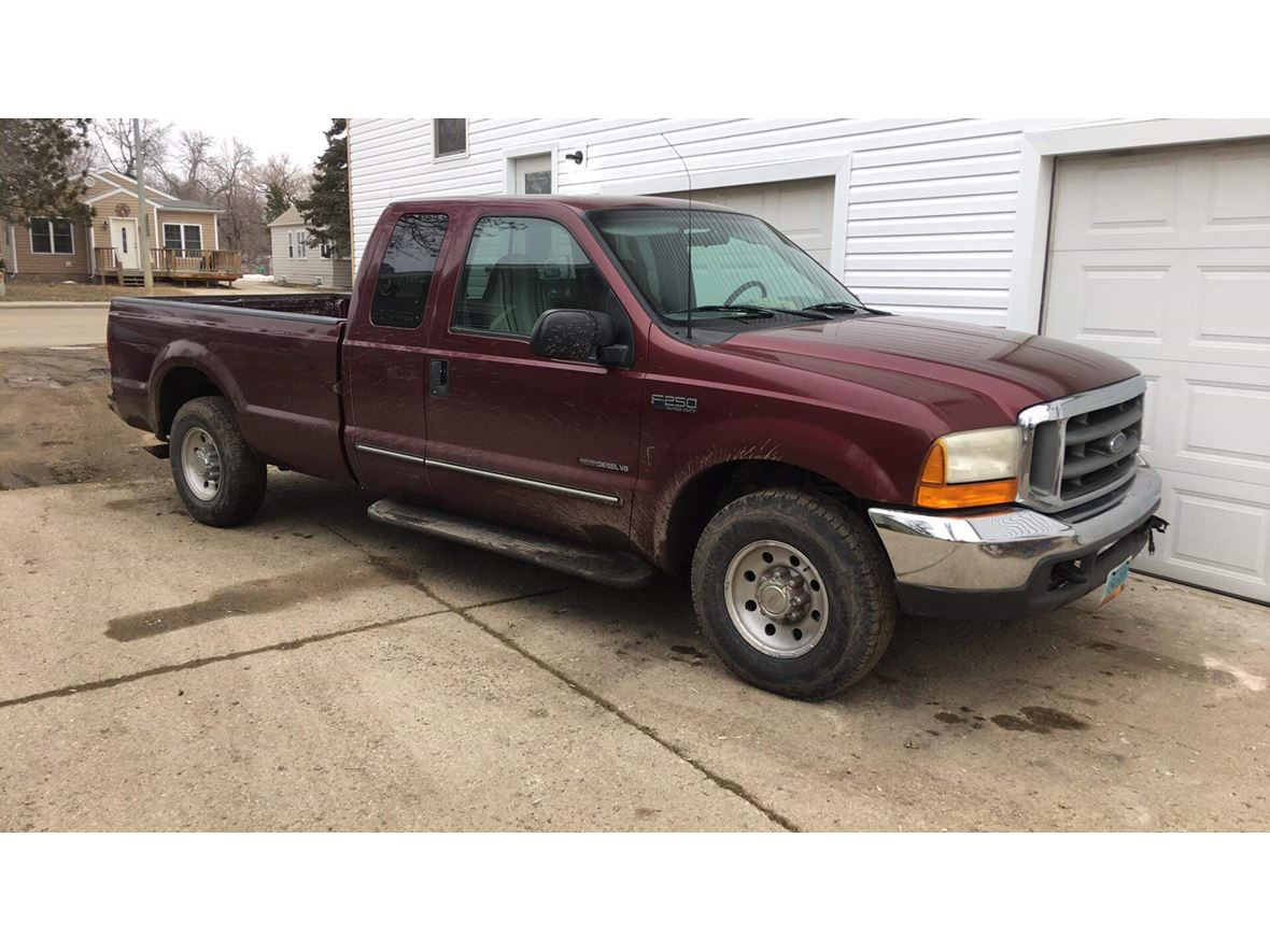 2000 Ford F-250 Super Duty for sale by owner in Des Moines
