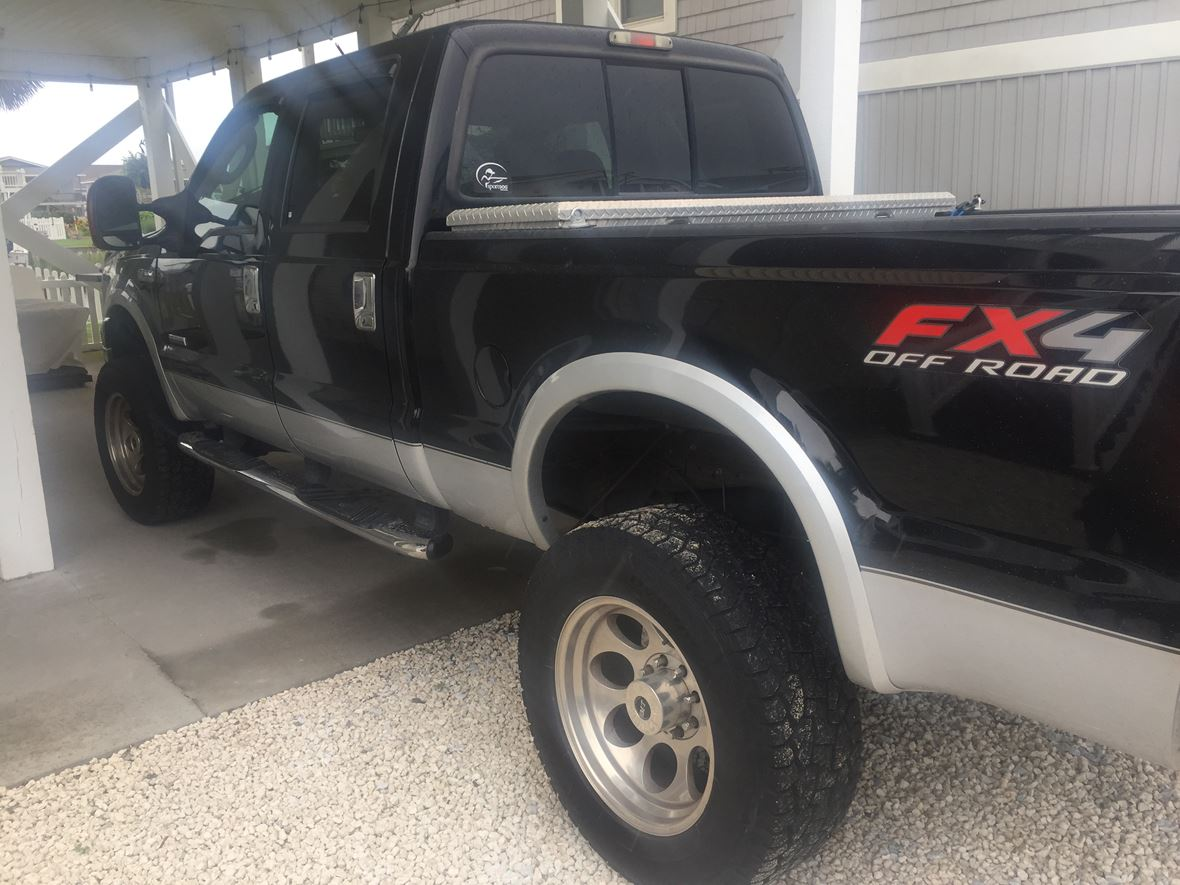 2008 Ford F-250 Super Duty for sale by owner in New Castle