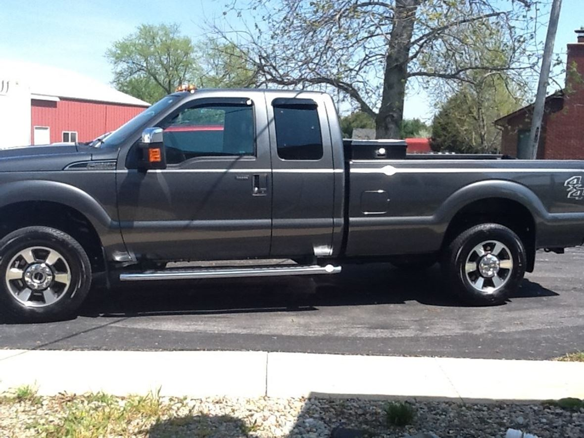 2015 Ford F-250 Super Duty for sale by owner in Kirklin