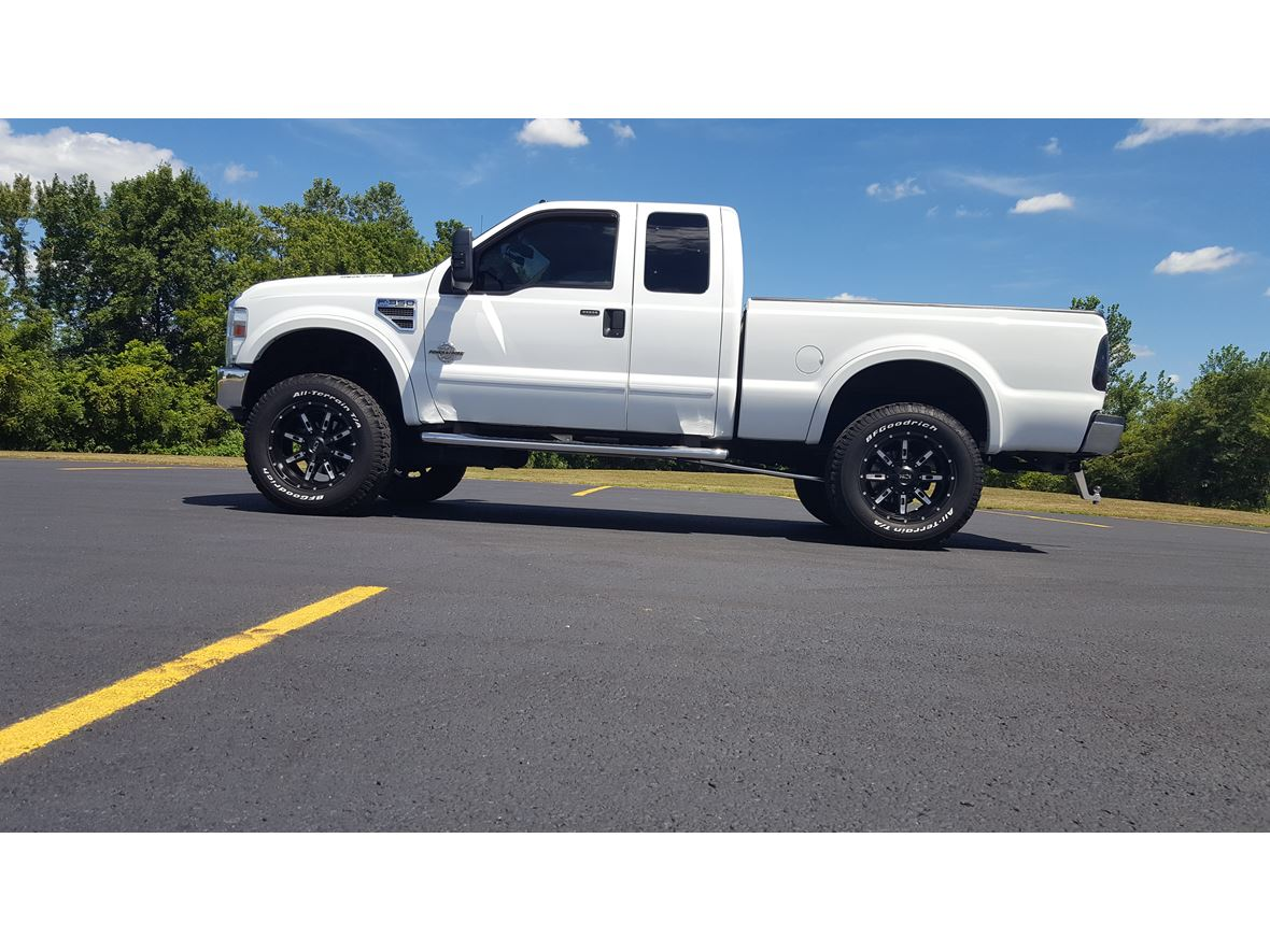 2008 Ford F-350 Super Duty for sale by owner in Saint Joseph