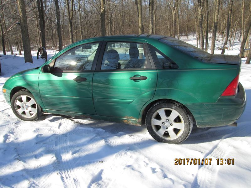 2002 Ford Focus for sale by owner in Spring Valley