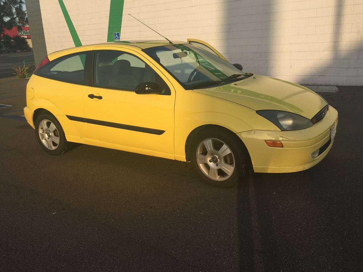 2003 Ford Focus for sale by owner in San Diego