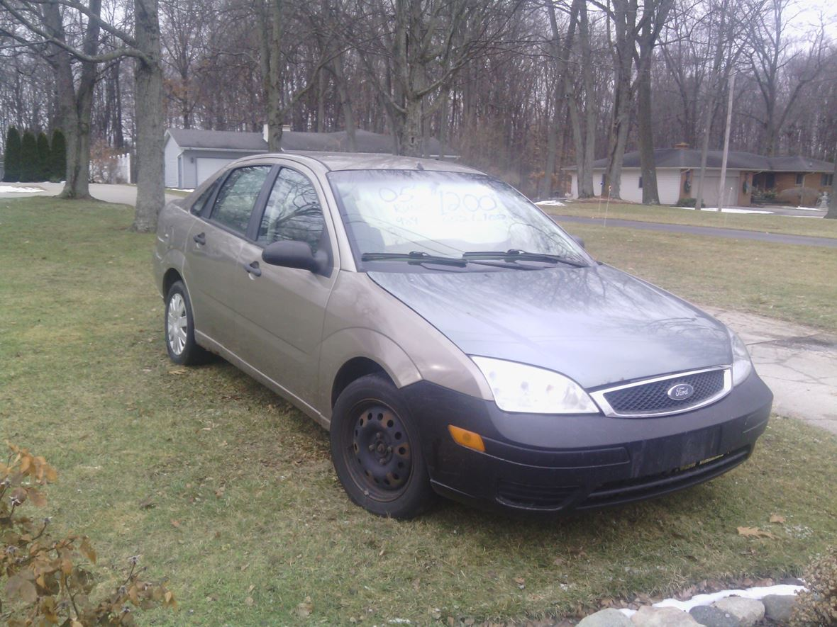 2005 Ford focus for sale by owner in Birch Run