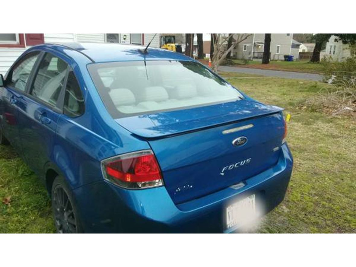 2010 Ford Focus for sale by owner in Chesapeake