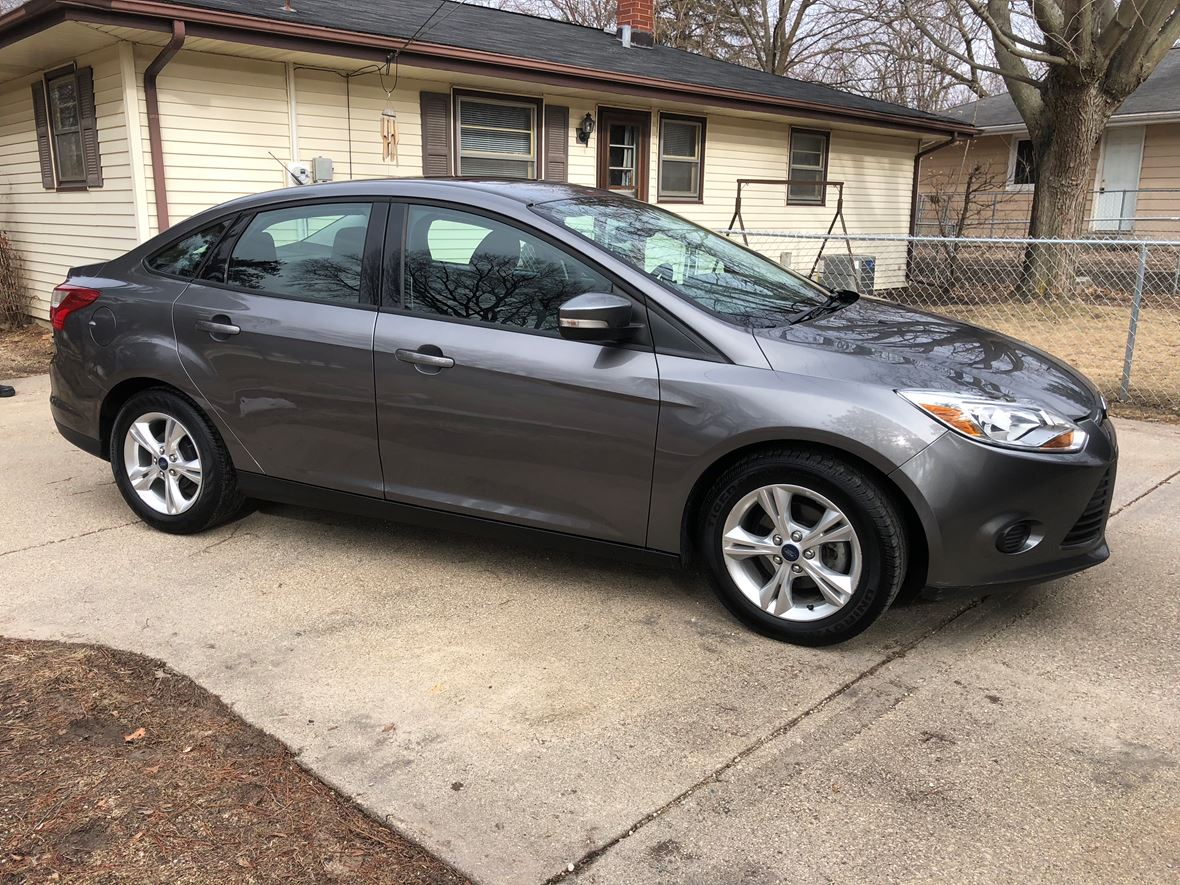 ford focus  sale  owner  rockford il