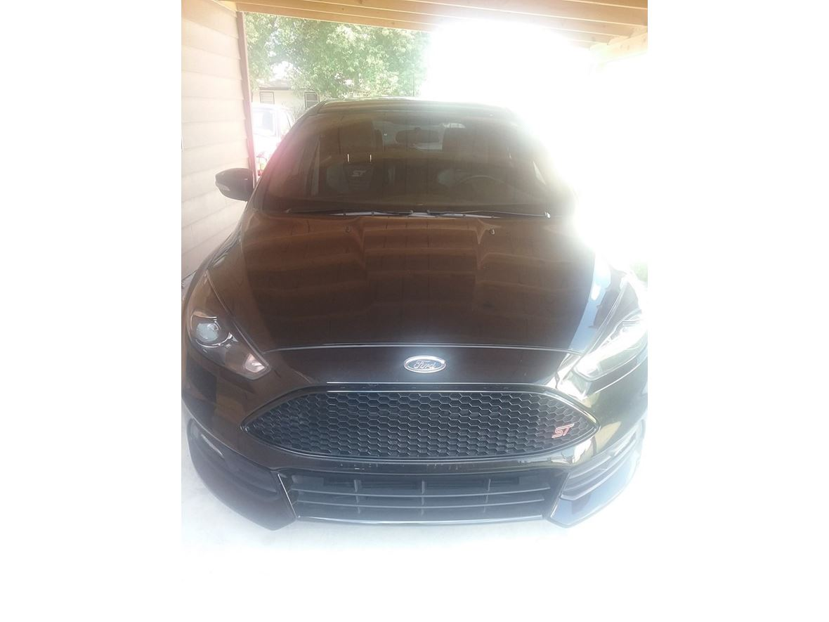 2015 Ford Focus ST for sale by owner in Wichita