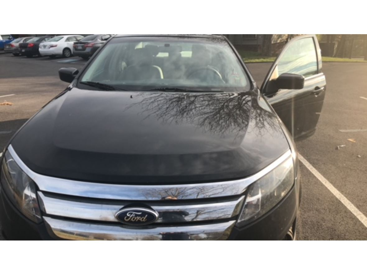 2011 Ford Fusion for sale by owner in Greeneville