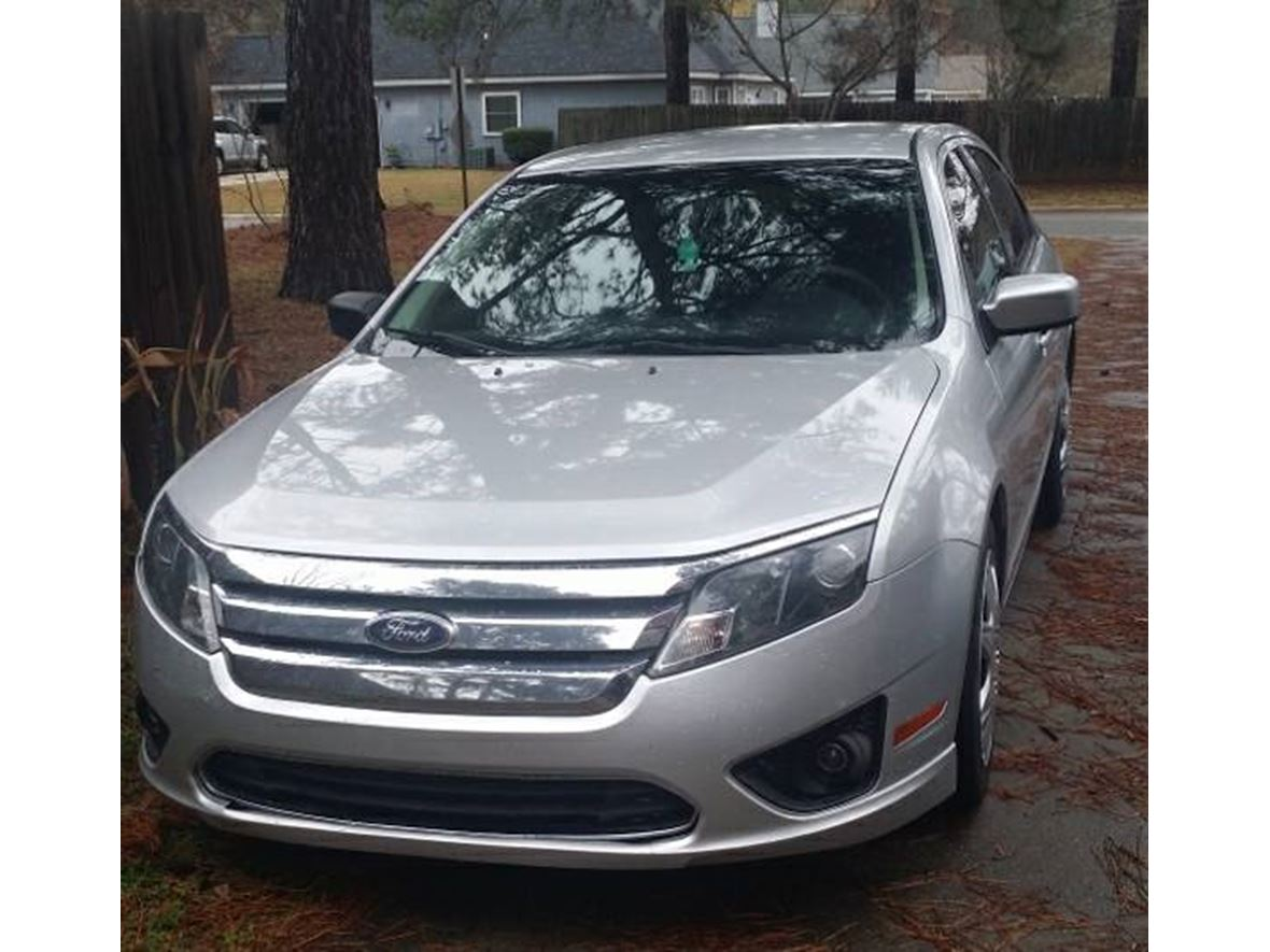 2011 Ford Fusion for sale by owner in Warner Robins