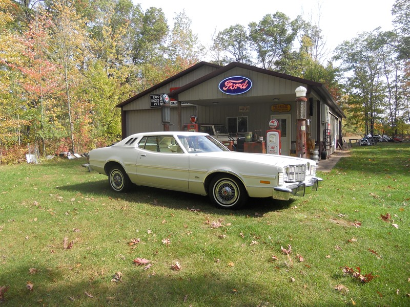 1976 Ford Gran Torino Elite for Sale by Owner in Benton, AR 72158 - $9,500