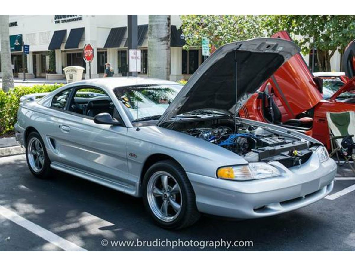 1998 Ford Mustang for sale by owner in Lake Placid