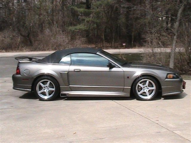 2001 Ford Mustang for Sale by Owner in Pontiac, IL 61764