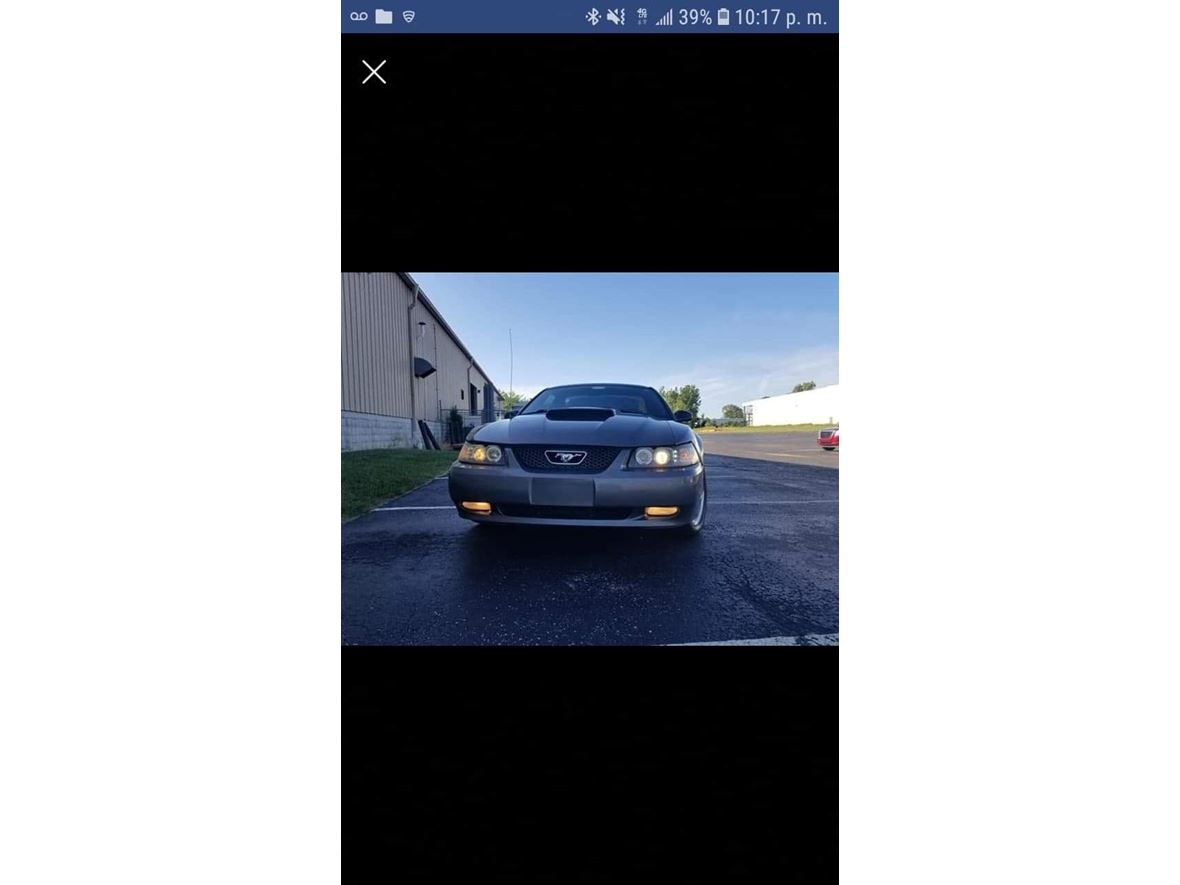 2004 Ford Mustang for sale by owner in Carpentersville
