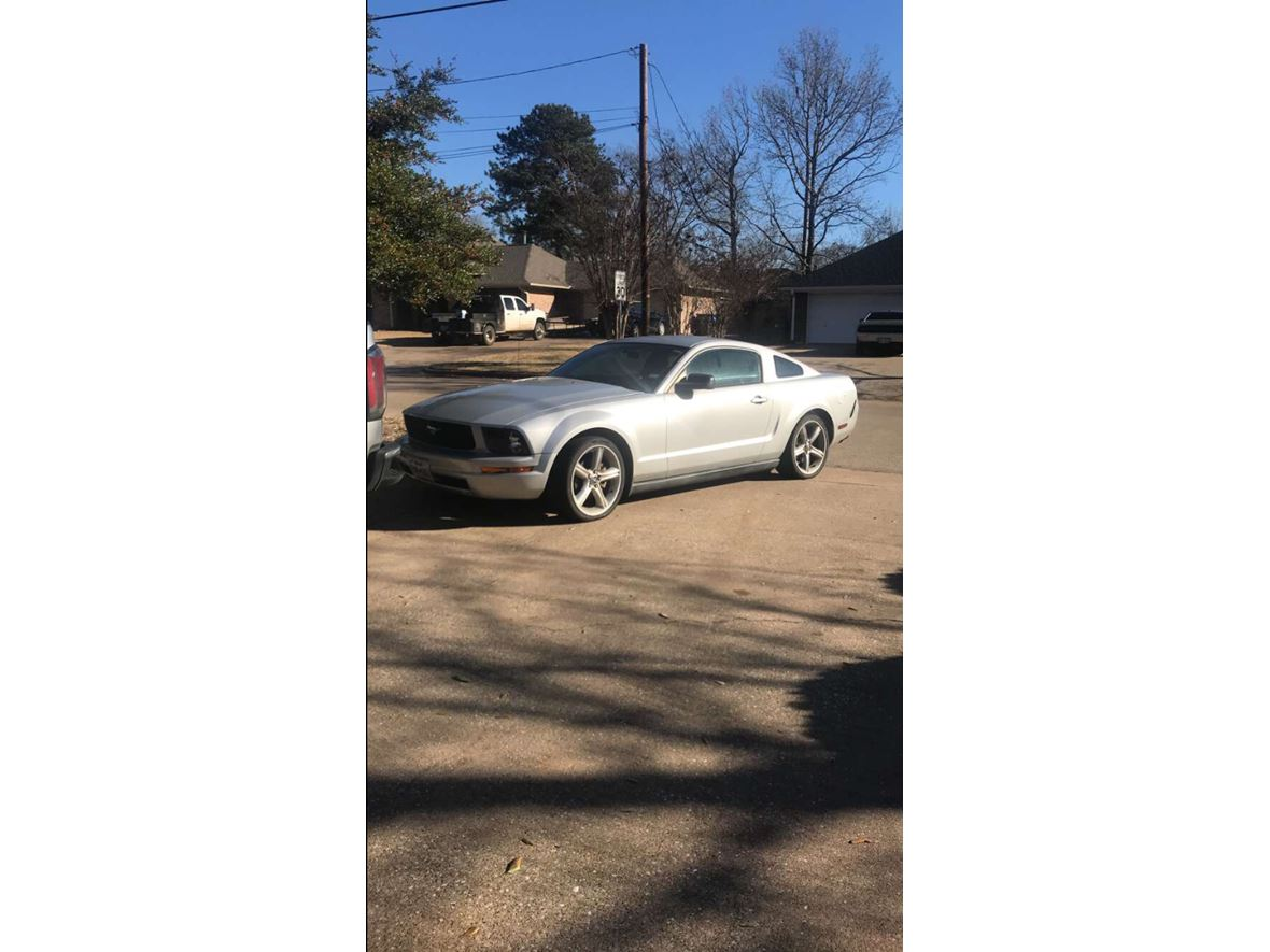 2005 Ford Mustang for sale by owner in Lufkin