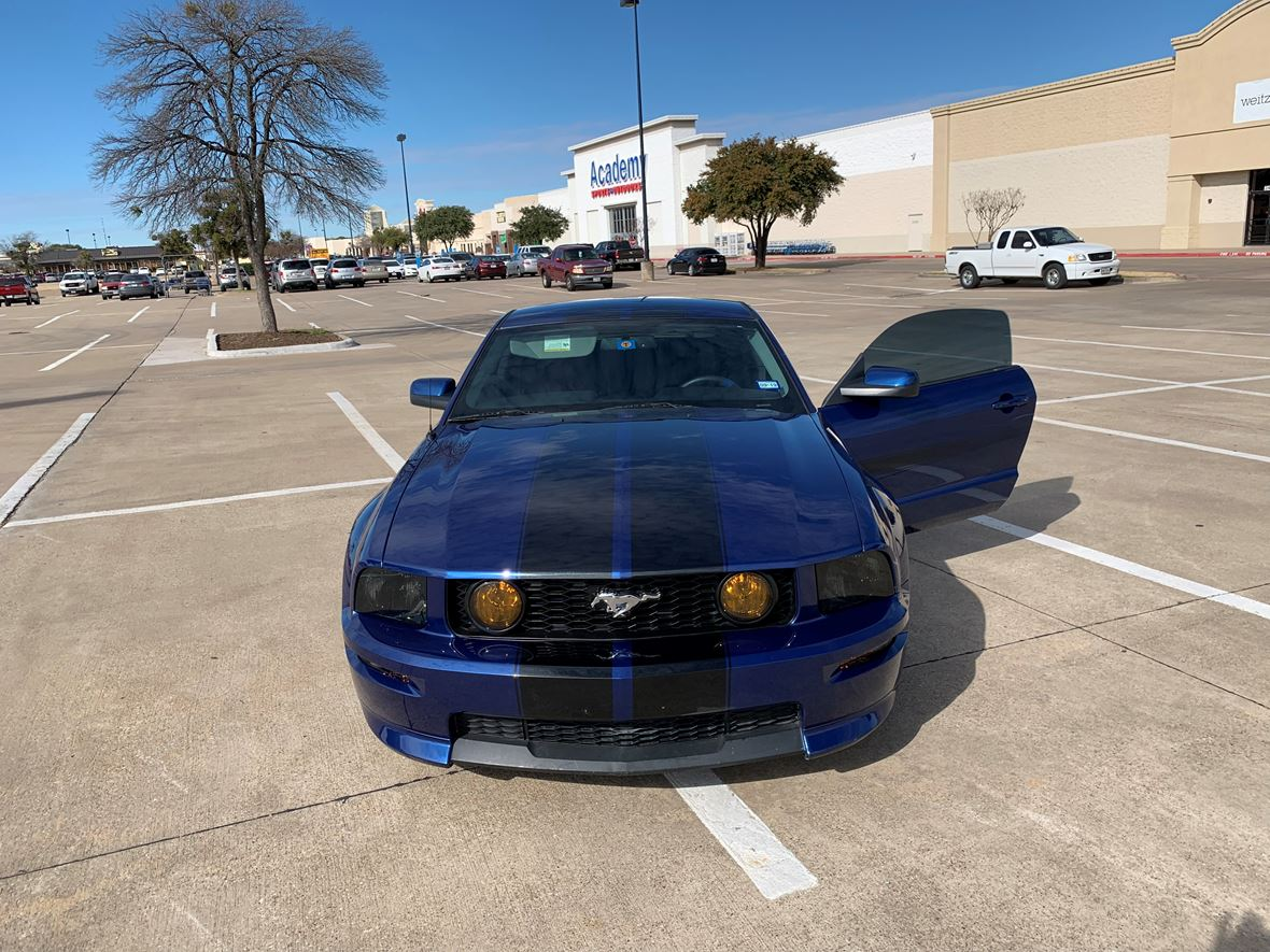 2007 Ford Mustang for sale by owner in Dallas