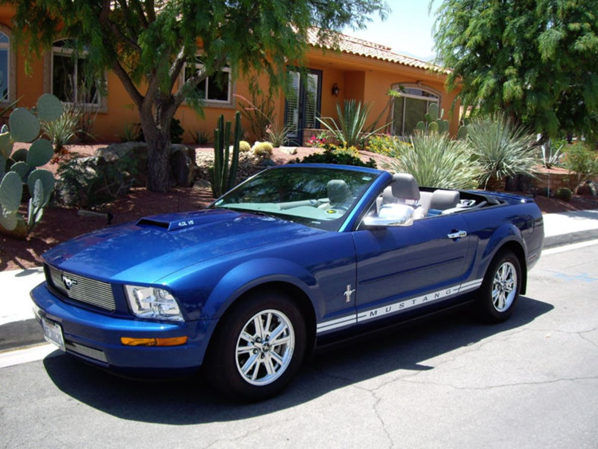 2008 Ford Mustang for sale by owner in Lake Isabella