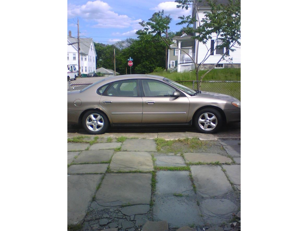 2003 Ford Taurus for sale by owner in Norwood