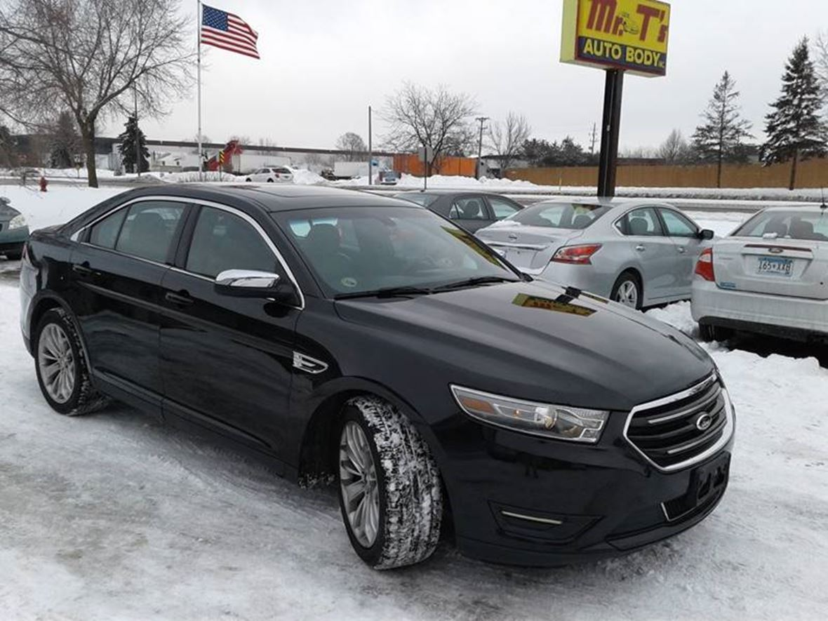2013 Ford Taurus for sale by owner in Minneapolis