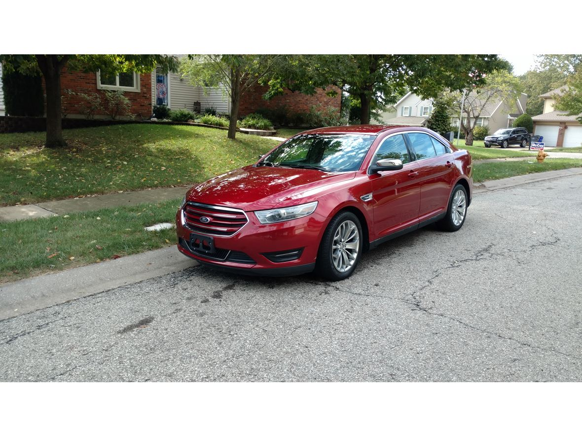 2014 Ford Taurus for sale by owner in Olathe