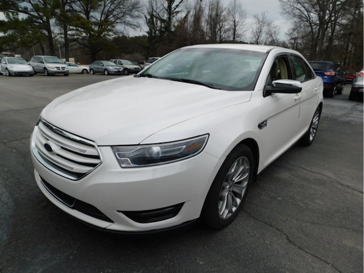 2015 ford taurus for sale by owner in melrose ma 02176. Black Bedroom Furniture Sets. Home Design Ideas