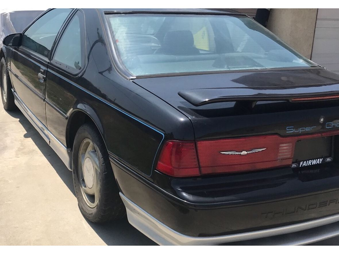 1990 Ford Thunderbird Anniversary model for sale by owner in Lakewood