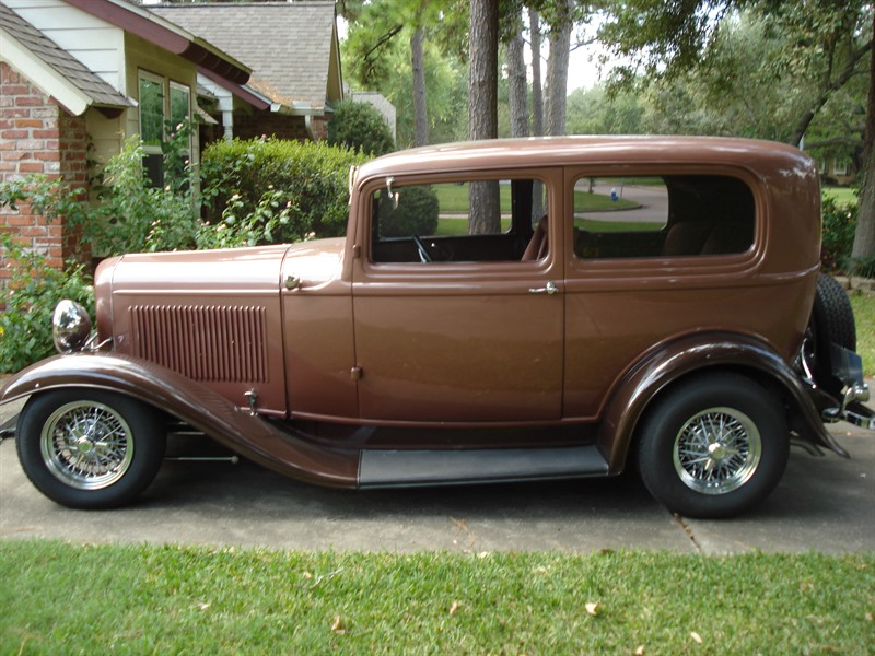 1932 ford tudor sedan antique car houston tx 77299. Black Bedroom Furniture Sets. Home Design Ideas