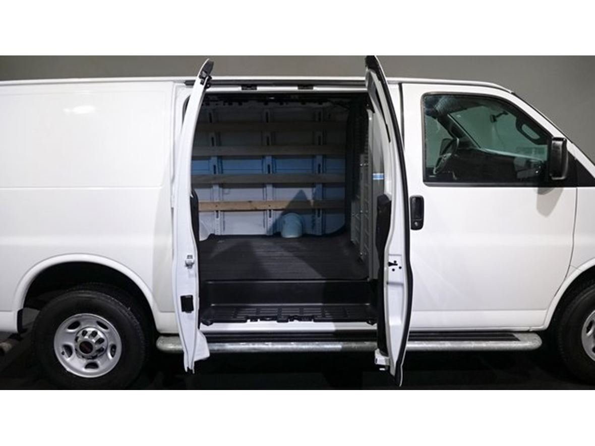 2016 GMC Savana G2500 Work Van Cargo for sale by owner in Tacoma