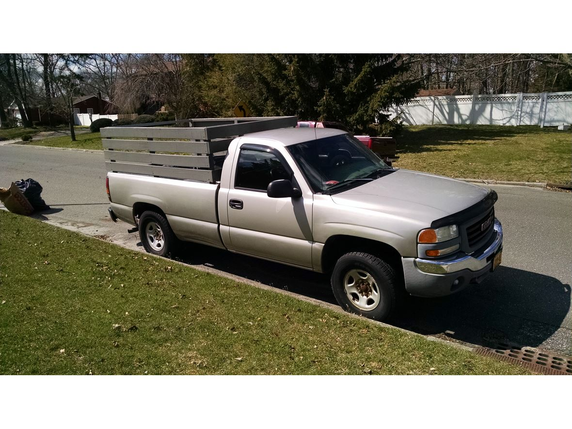 2004 GMC Sierra 1500 for sale by owner in Centereach