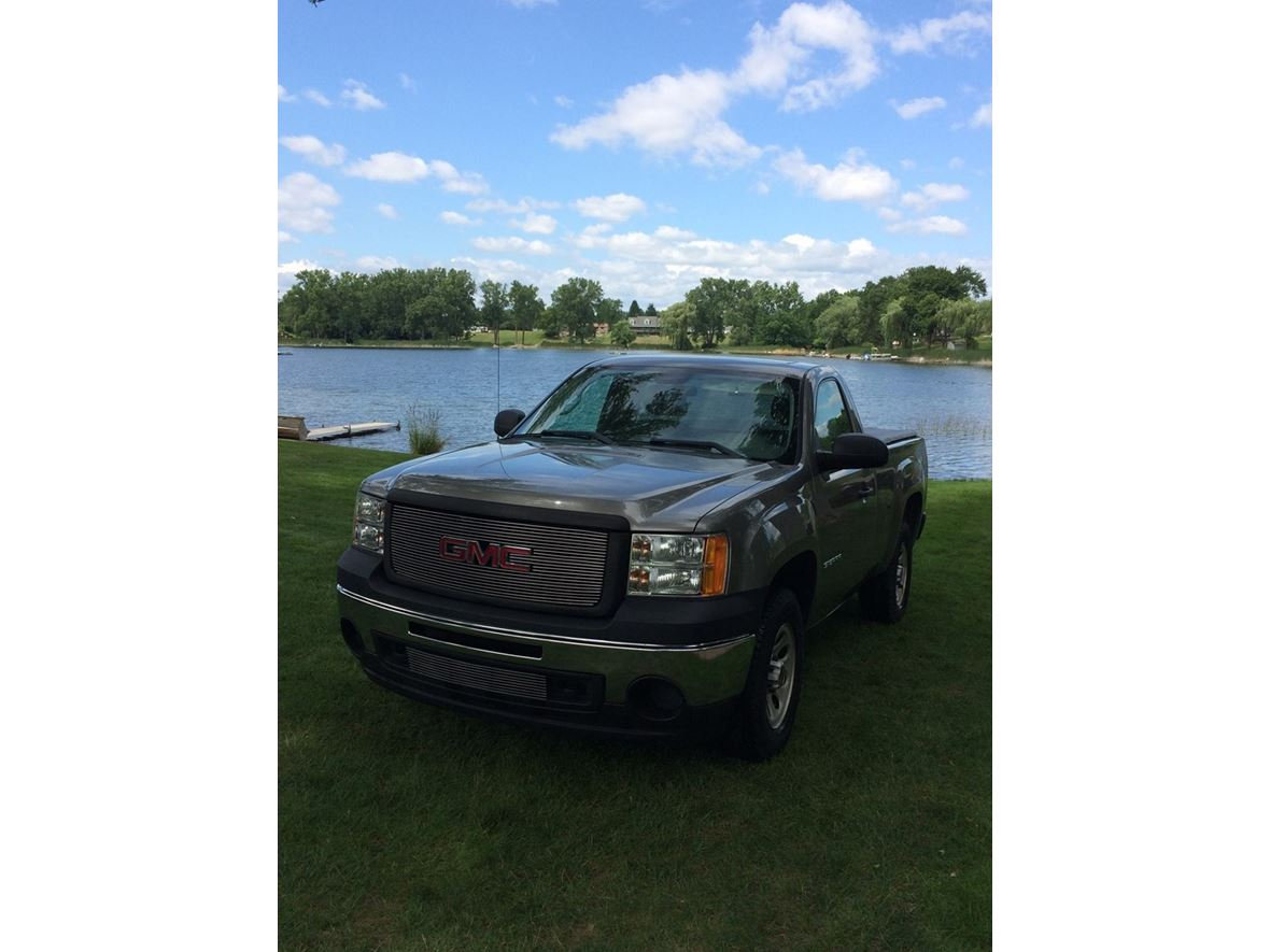 2013 GMC Sierra 1500 for sale by owner in Lake Orion