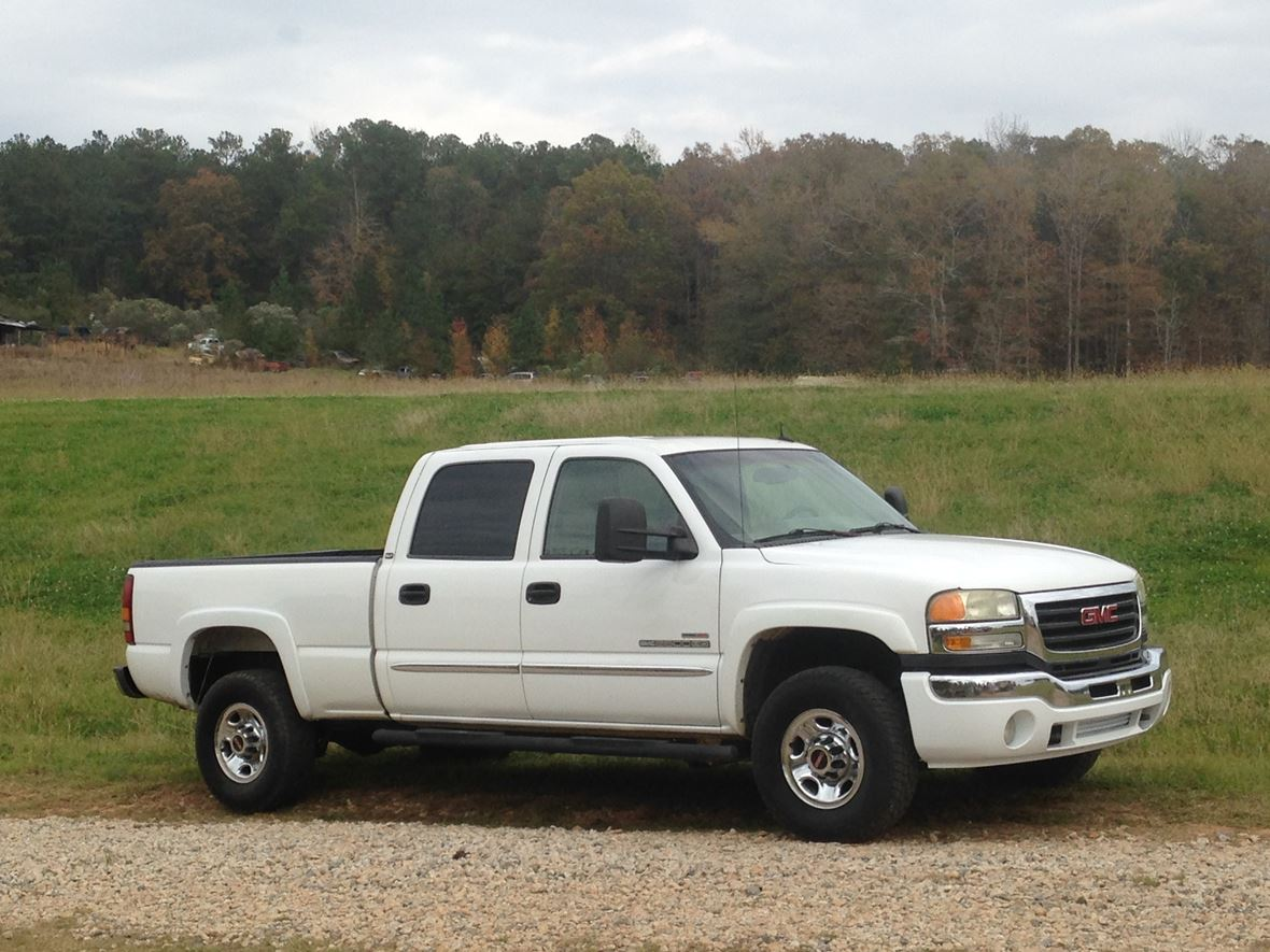2003 GMC Sierra 2500HD for sale by owner in Lagrange