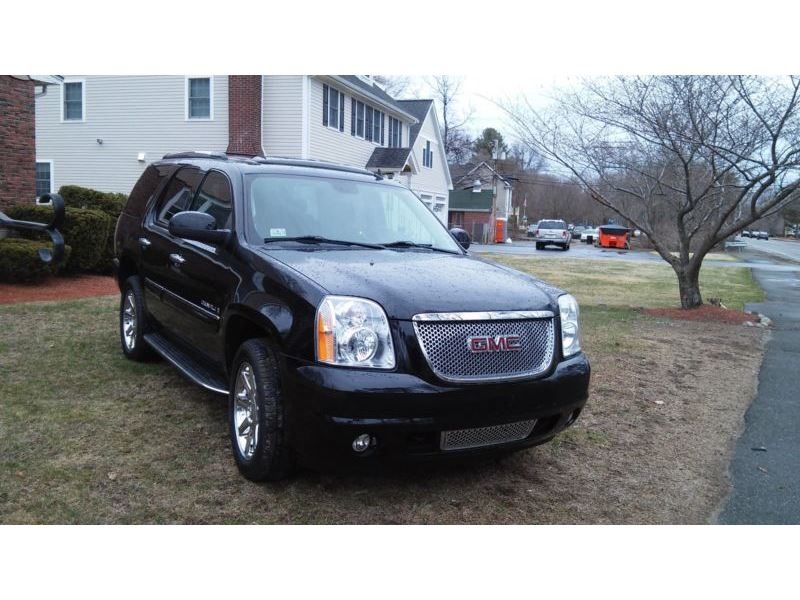 2008 GMC Yukon for sale by owner in MANSFIELD