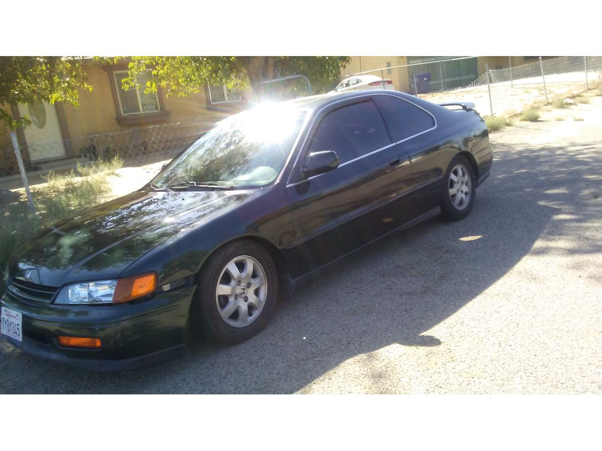 1995 Honda Accord for sale by owner in Lancaster