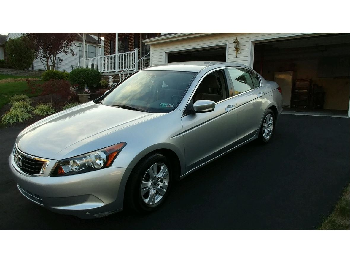2009 Honda Accord for sale by owner in Mechanicsburg