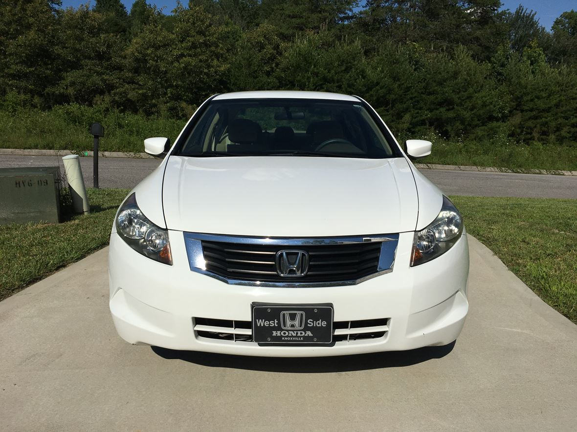 2010 honda accord for sale by owner in knoxville tn 37918. Black Bedroom Furniture Sets. Home Design Ideas