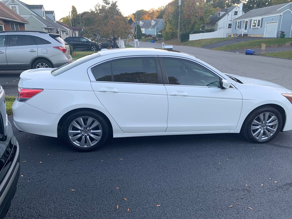 2011 Honda Accord for sale by owner in Stony Point