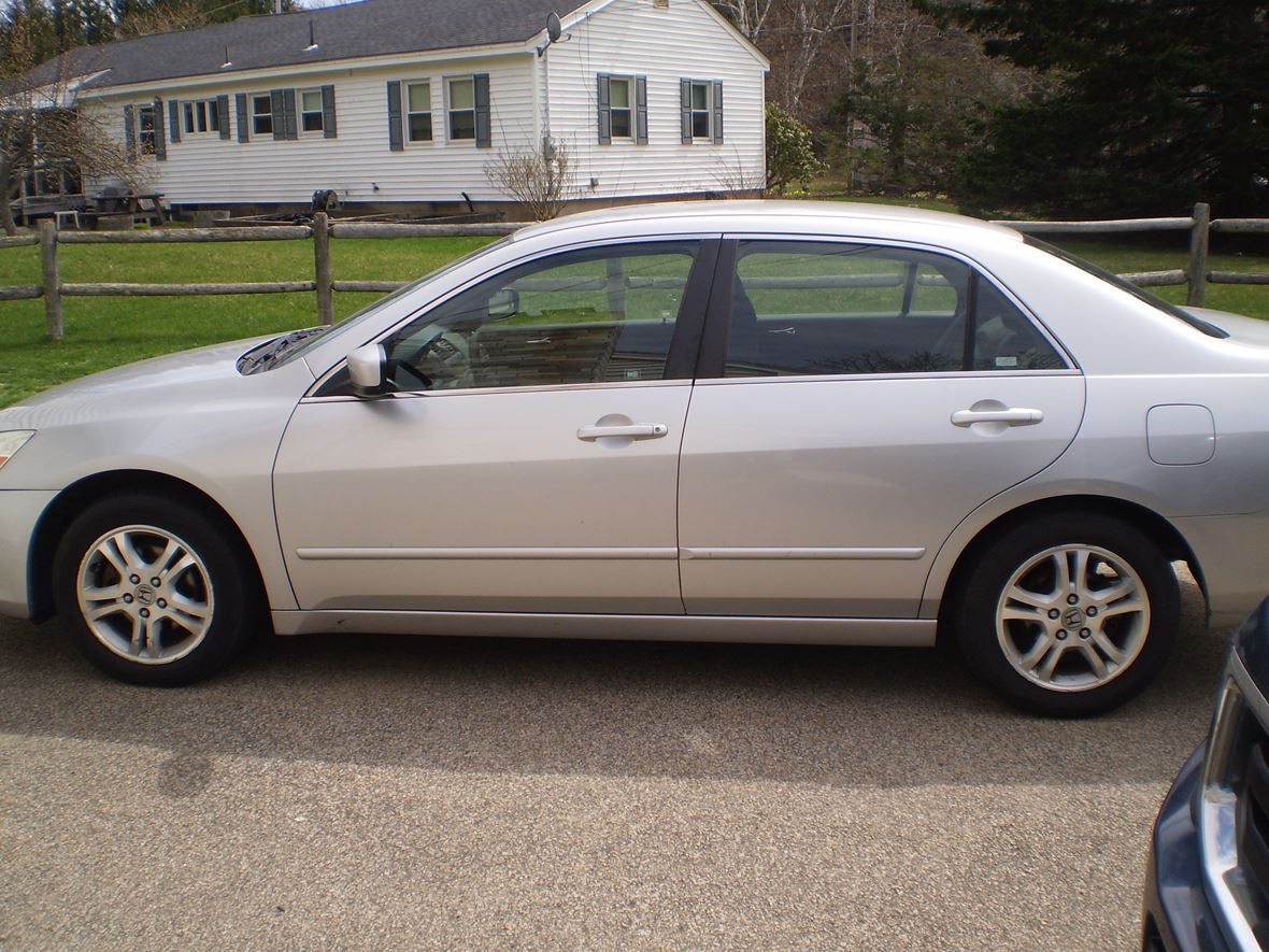2007 Honda Accord se for sale by owner in Plaistow