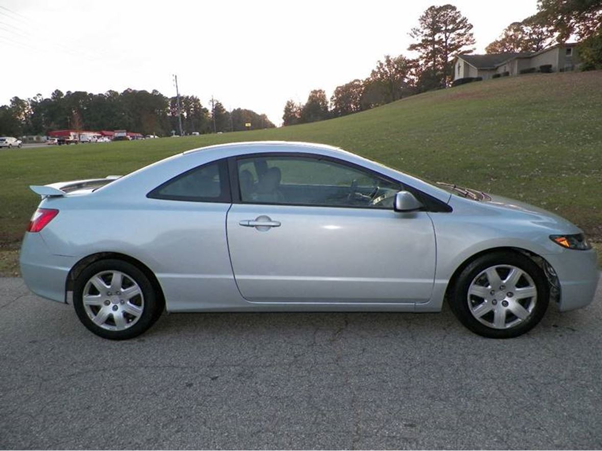 2006 Honda Civic Coupe for sale by owner in Raleigh