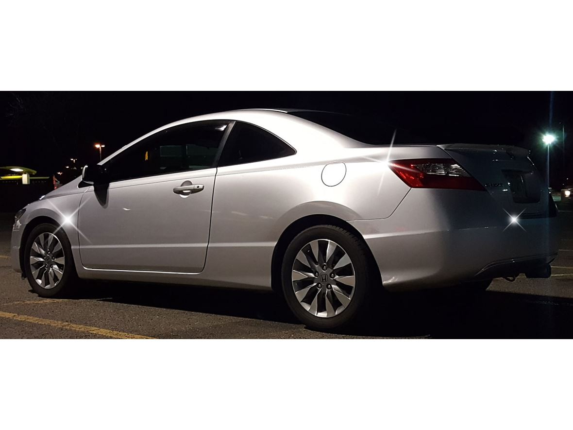 2009 Honda Civic Coupe for sale by owner in Westminster