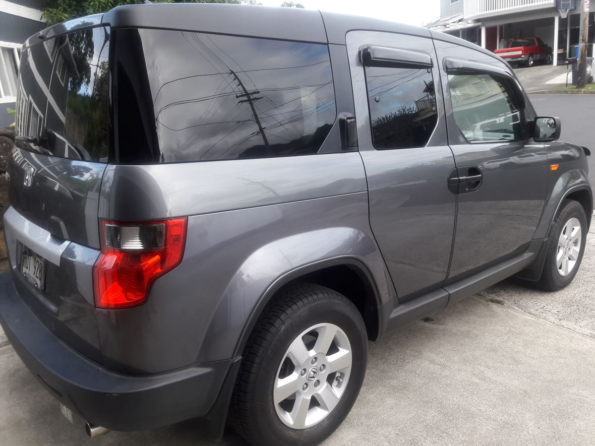 2010 Honda Element for sale by owner in Kaneohe