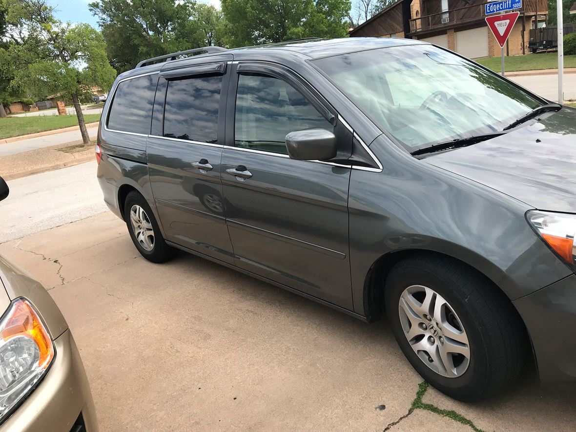 2007 Honda Odyssey for sale by owner in Denton