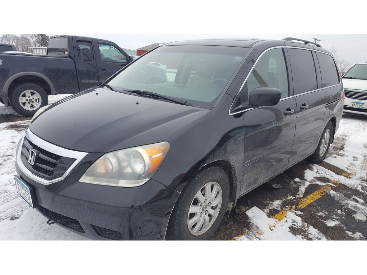 2008 Honda Odyssey for sale by owner in Detroit Lakes