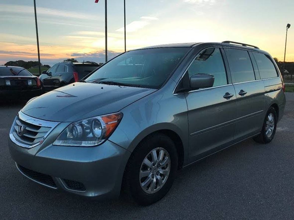 2010 Honda Odyssey for Sale by Owner in Bell Gardens, CA 90201