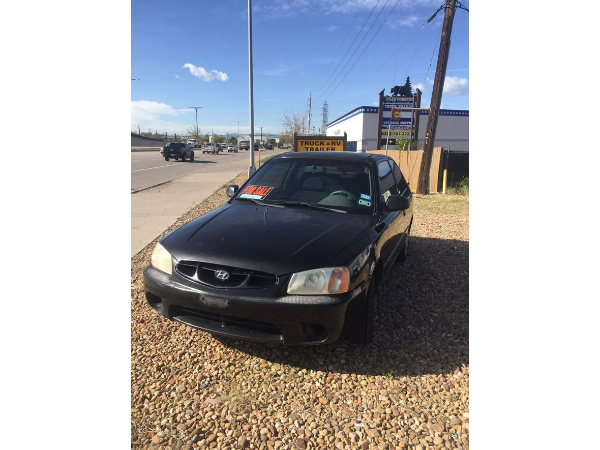 2002 Hyundai Accent for sale by owner in Englewood