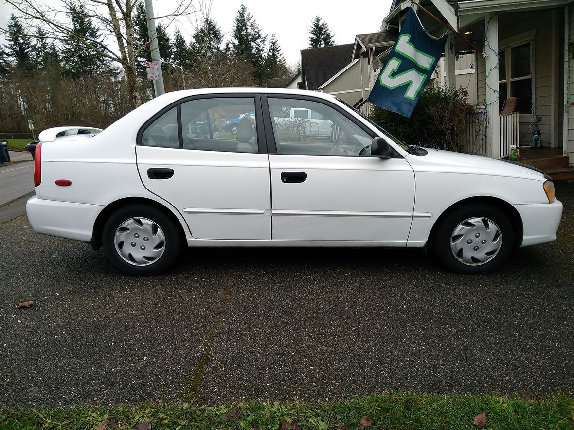2002 Hyundai Accent for sale by owner in Marysville