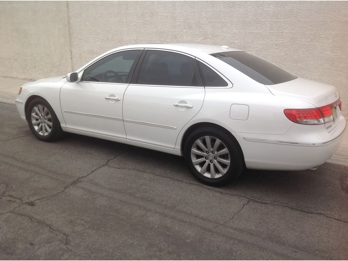 2009 Hyundai Azera for sale by owner in Las Vegas