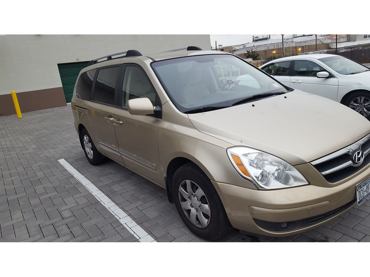 2008 Hyundai Entourage For Sale By Owner In Brooklyn Ny 11224 border=